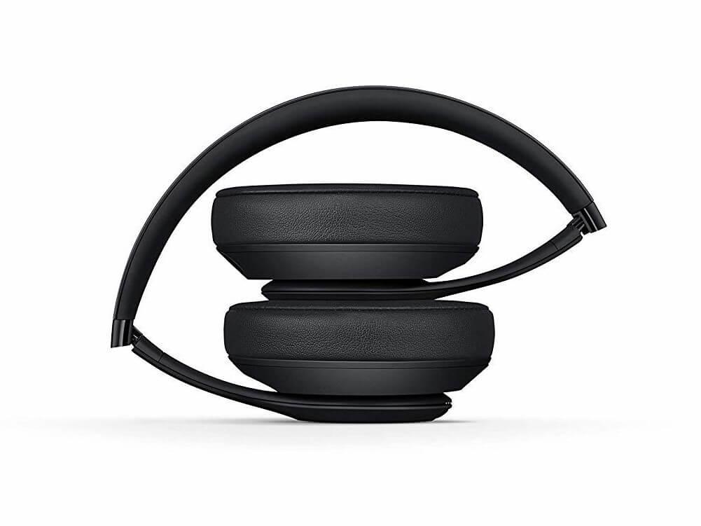 Beats Studio 3 Wirelessの持ち運びやすさ